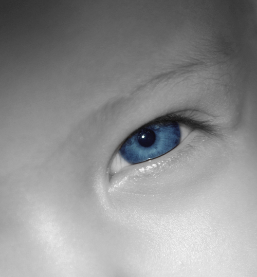 Blue_baby_eye